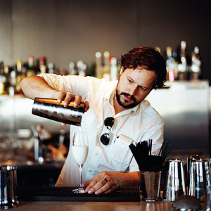 Hire a Cocktail Bartender NYC